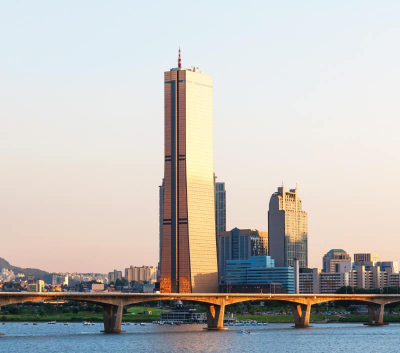 Das 63 Building ist eines der Wahrzeichen von Seoul. Foto: Vincent St. Thomas / Shutterstock.com
