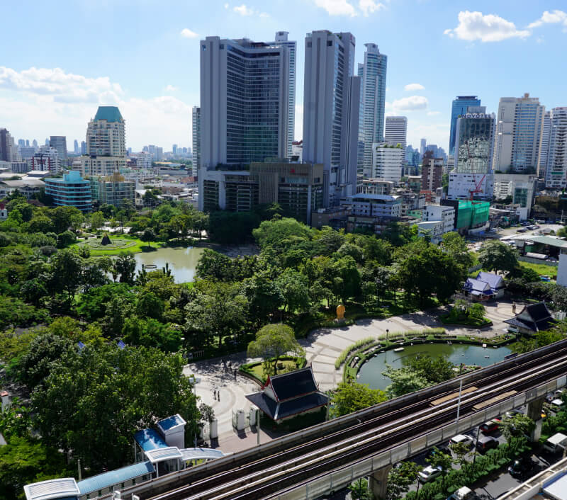 Der Benchasiri Park in Bangkok. Foto: Petra Kuku / Shutterstock.com