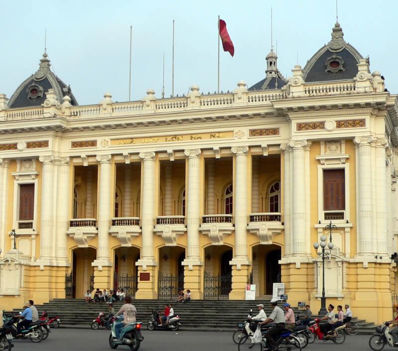 Die Oper von Hanoi. Foto: Kevin Hellon / Shutterstock.com