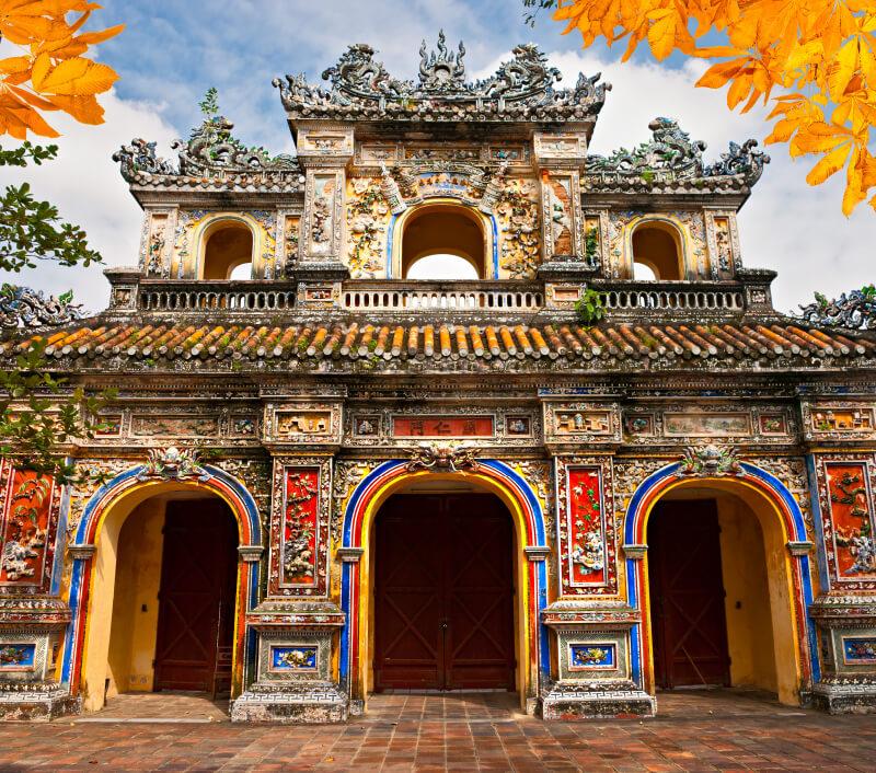 Die ehemalige Kaiserstadt Hue in Vietnam. Foto: Luciano Mortula – LGM / Shutterstock.com