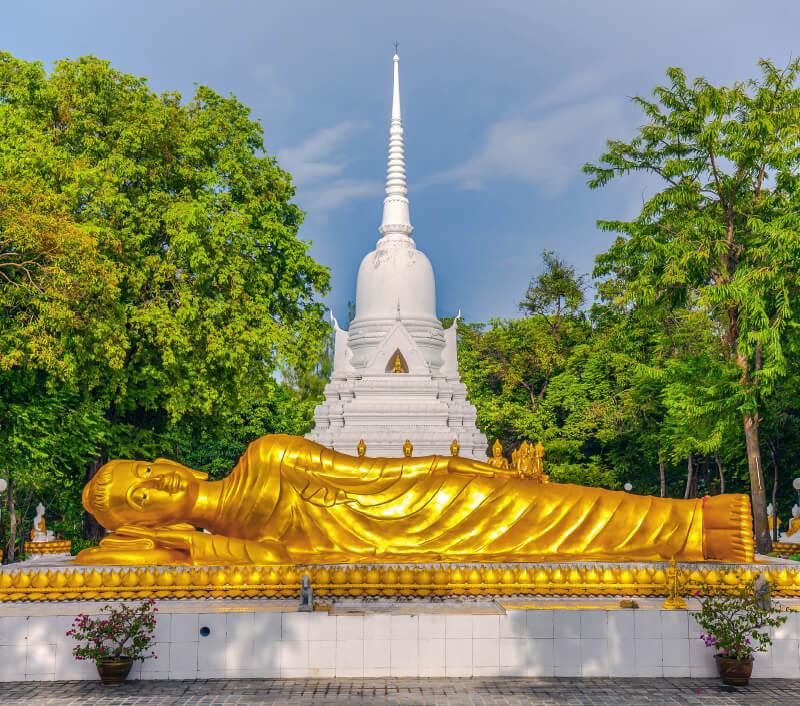 Die Khao Chedi Pagode auf Koh Samui. Foto: Muzhik / Shutterstock.com