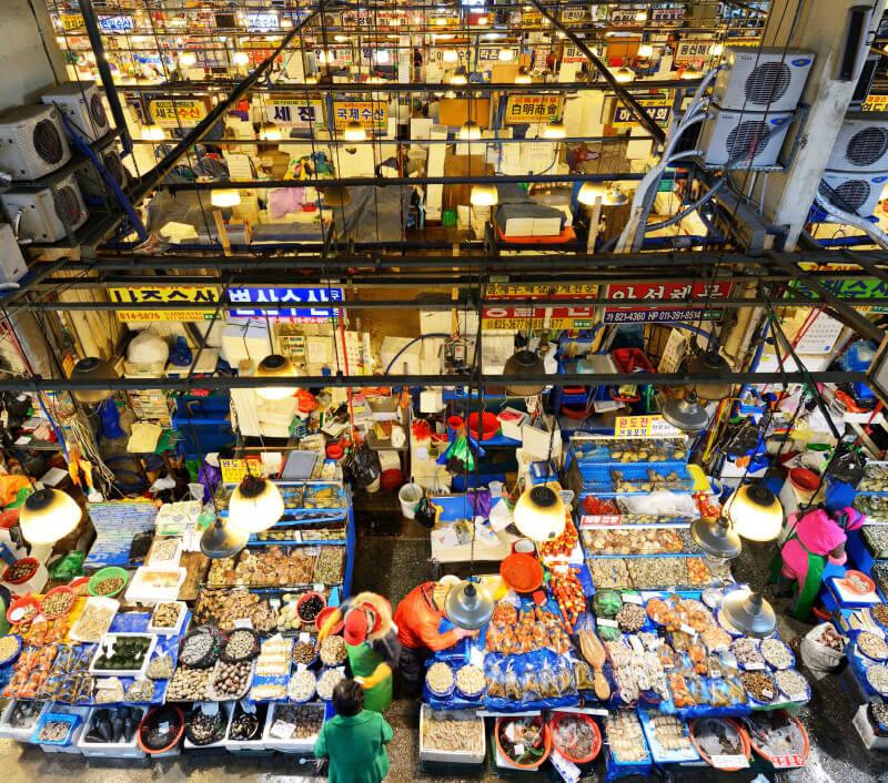 Noryangjin Fish Market in Seoul. Foto: Sean Pavone / Shutterstock.com