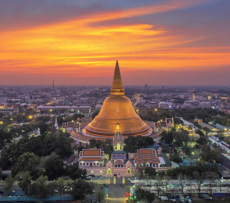 Wat Phra Pathom Chedi in Nakhon Pathom. Foto: anucha sirivisansuwan / Shutterstock.com