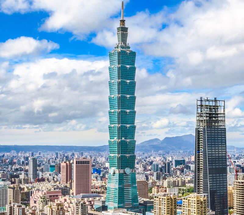 Der Wolkenkratzer Taipei 101 in Taiwan. Foto: FenlioQ / Shutterstock.com
