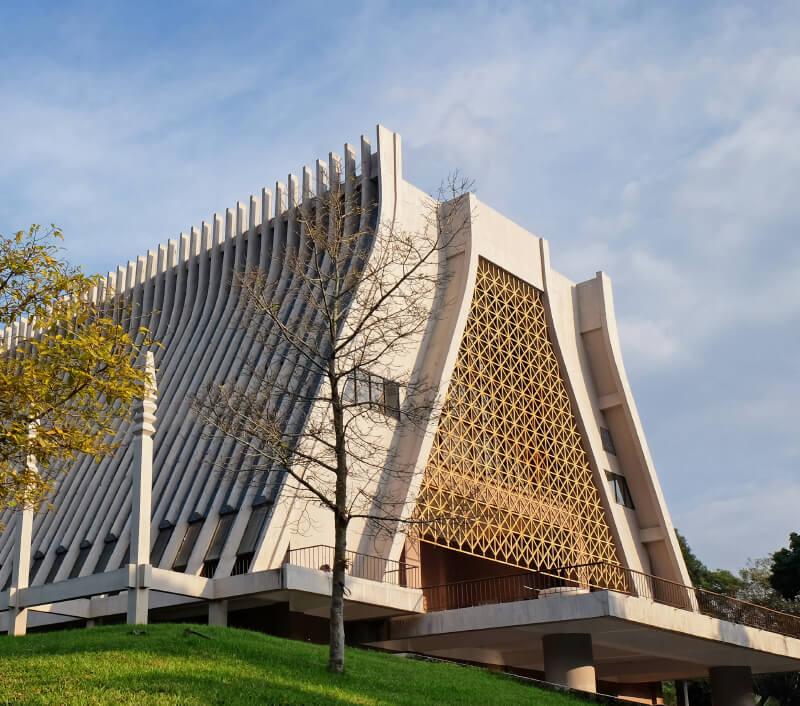 Das Ethnologische Museum von Vietnam in Hanoi. Foto: vivanvu / Shutterstock.com