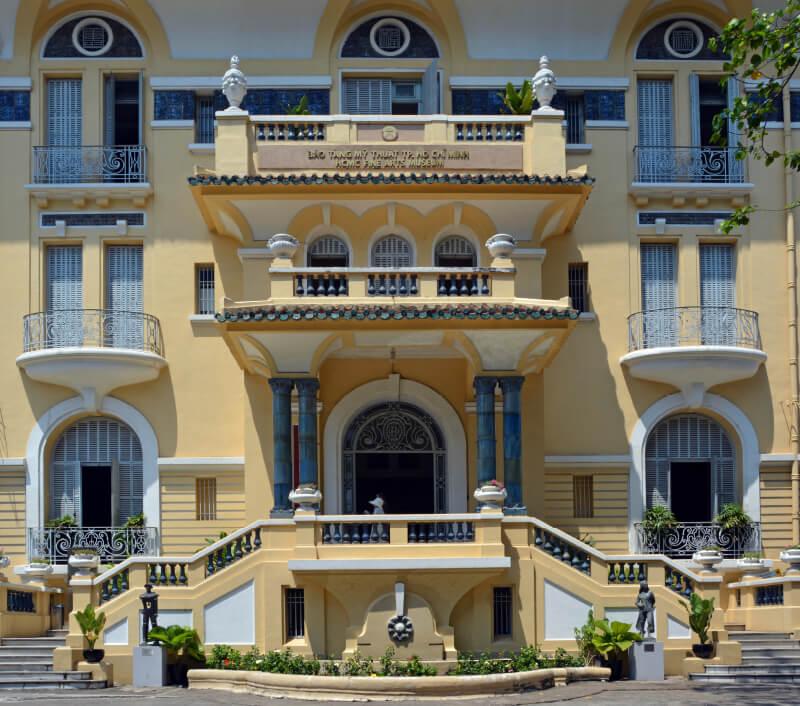 Das Vietnamesische Nationalmuseum der Schönen Künste. Foto: NigelSpiers / Shutterstock.com