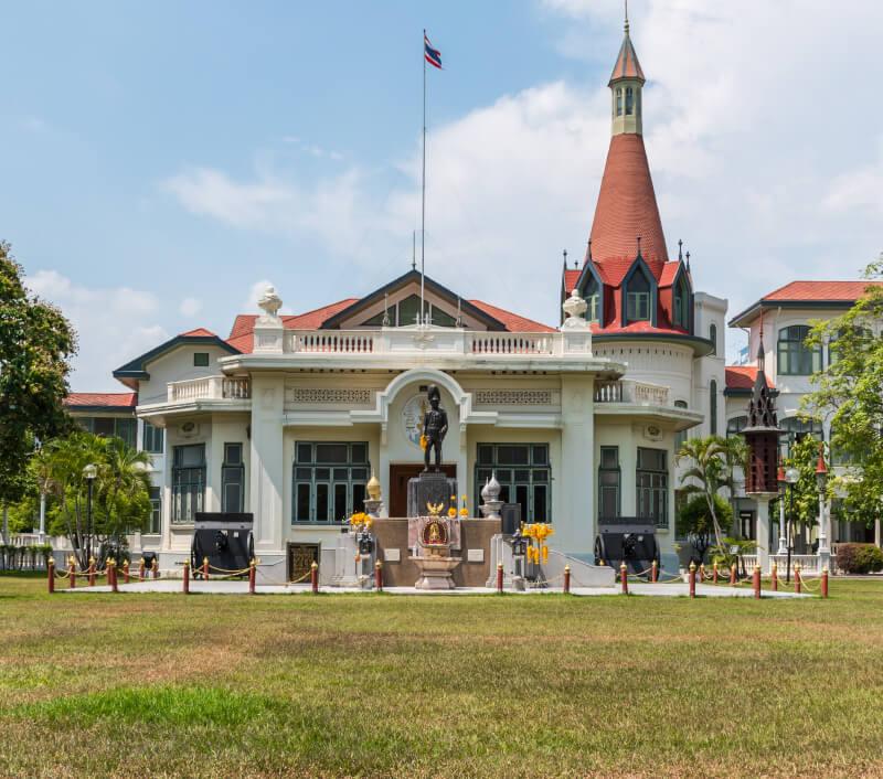 Der Wang Phaya Thai Palast in Bangkok. Foto: PongMoji / Shutterstock.com