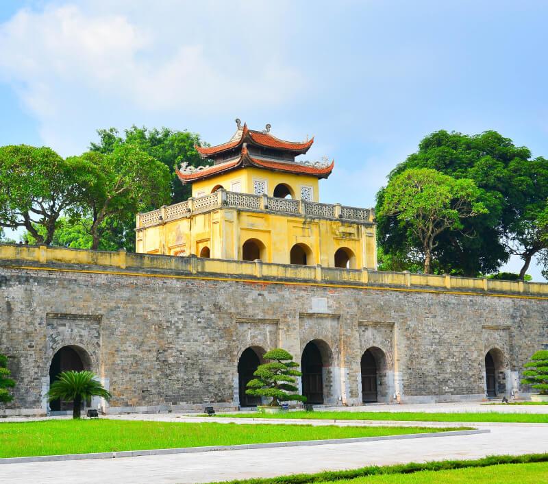 Eines der bekanntesten Wahrzeichen von Hanoi: die Zitadelle Thăng Long. Foto: khong katesorn / Shutterstock.com